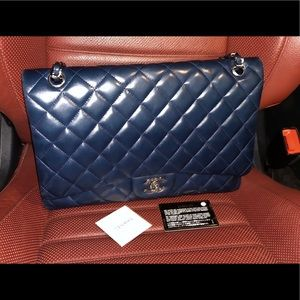 CHANEL Jumbo Double Flap Bag Retail $6,200.00